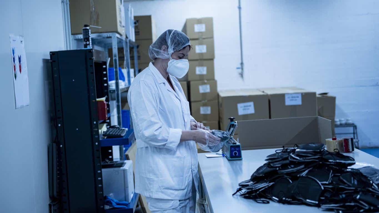 Andreu visita Geopannel, empresa riojana que lidera la alternativa frente a China en la fabricación de mascarillas FFP2 4