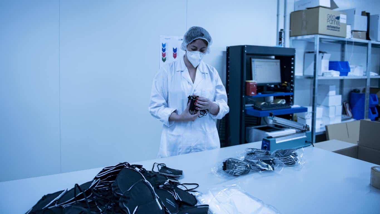 Andreu visita Geopannel, empresa riojana que lidera la alternativa frente a China en la fabricación de mascarillas FFP2 7
