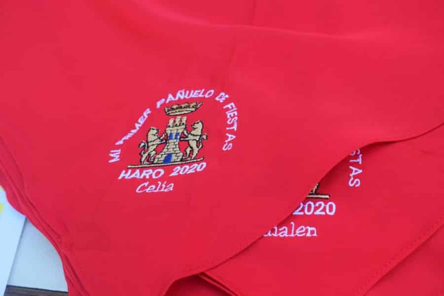 55 niños reciben su pañuelo de las fiestas de Haro en una tradición que sobrevive al COVID 4