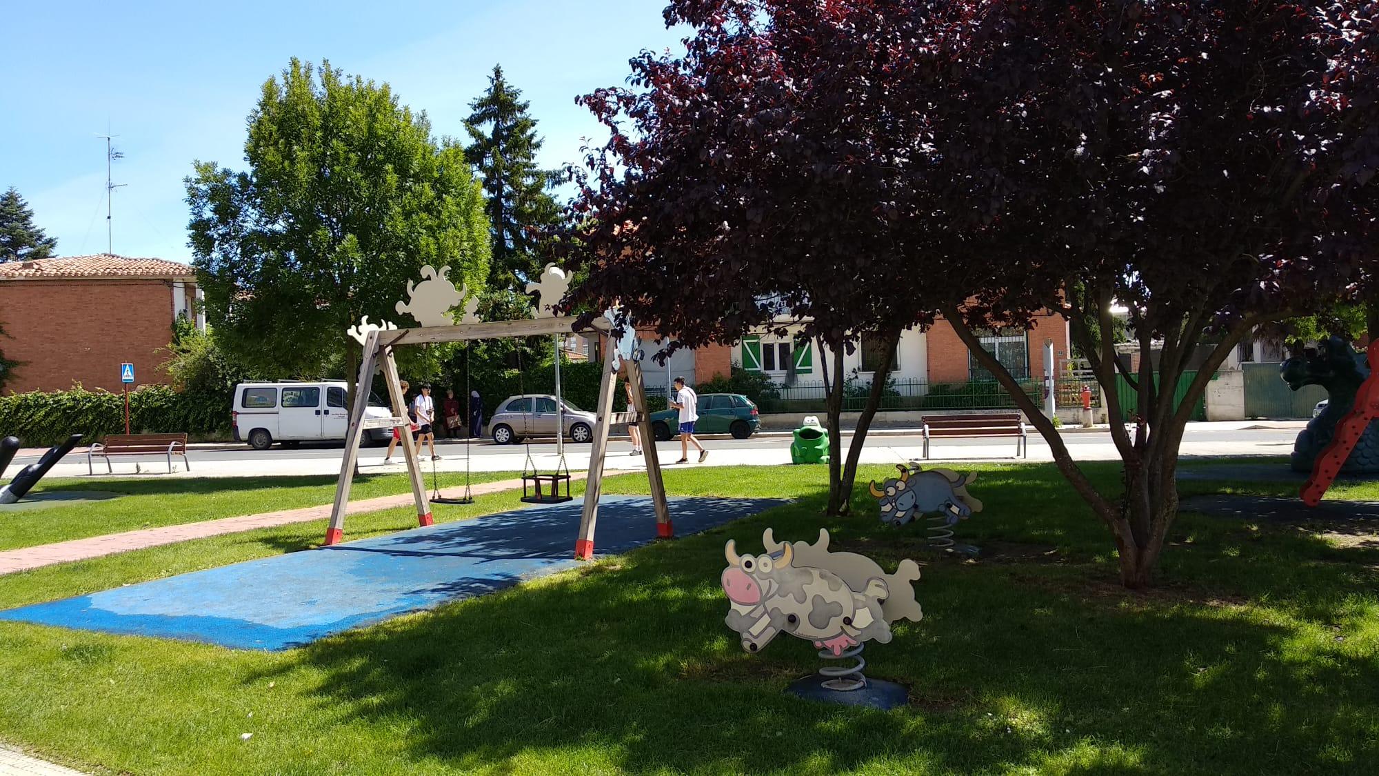 Los niños de Haro ya disfrutan de los parques infantiles de la localidad 4