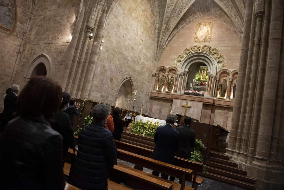 FOTOS: Funeral en Valvanera en honor a las víctimas por COVID-19 10