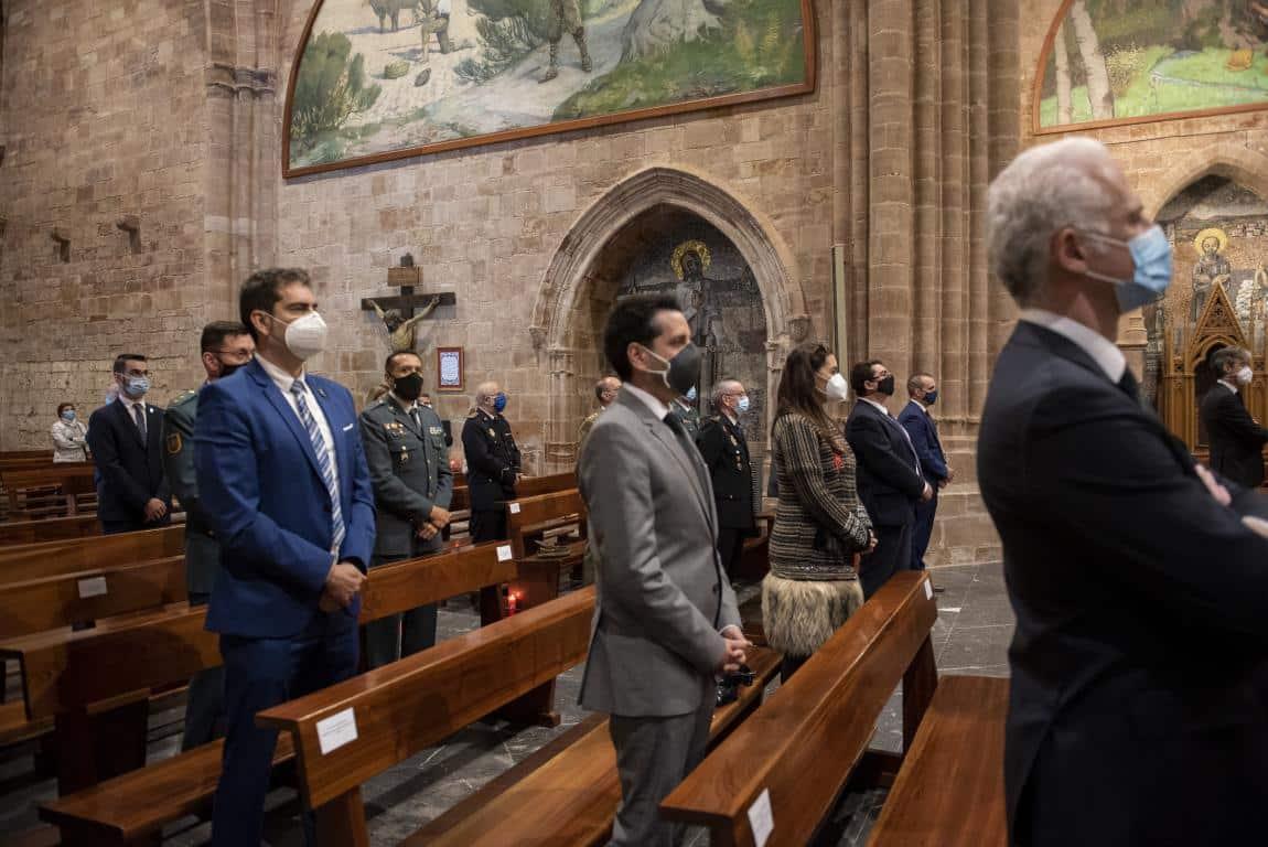 FOTOS: Funeral en Valvanera en honor a las víctimas por COVID-19 11
