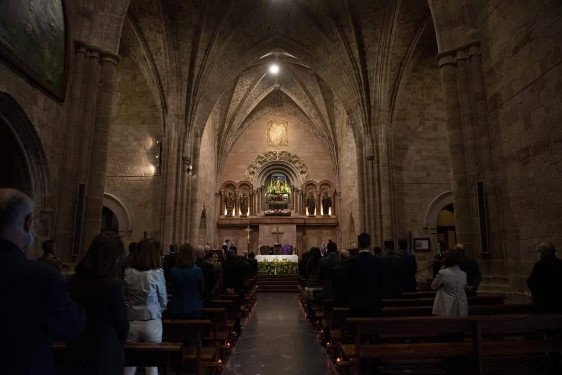 FOTOS: Funeral en Valvanera en honor a las víctimas por COVID-19 12