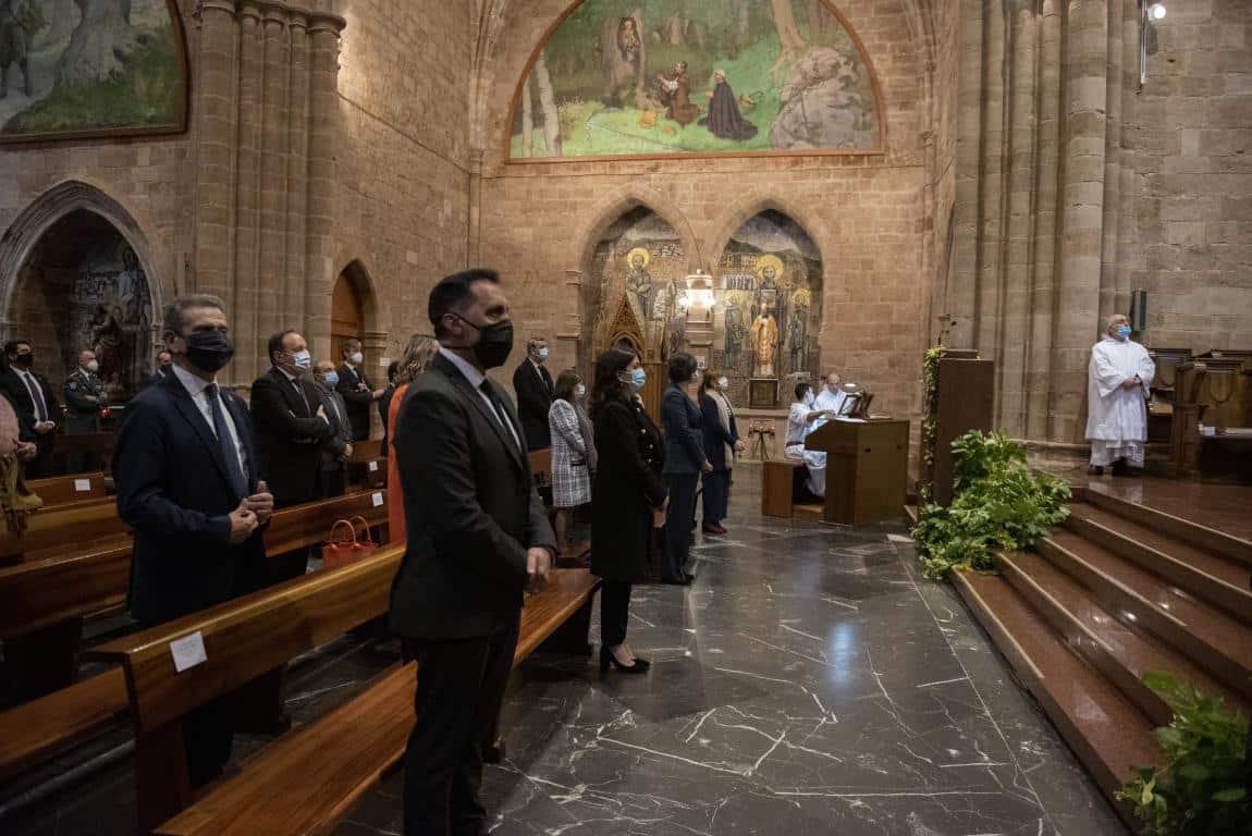 FOTOS: Funeral en Valvanera en honor a las víctimas por COVID-19 8