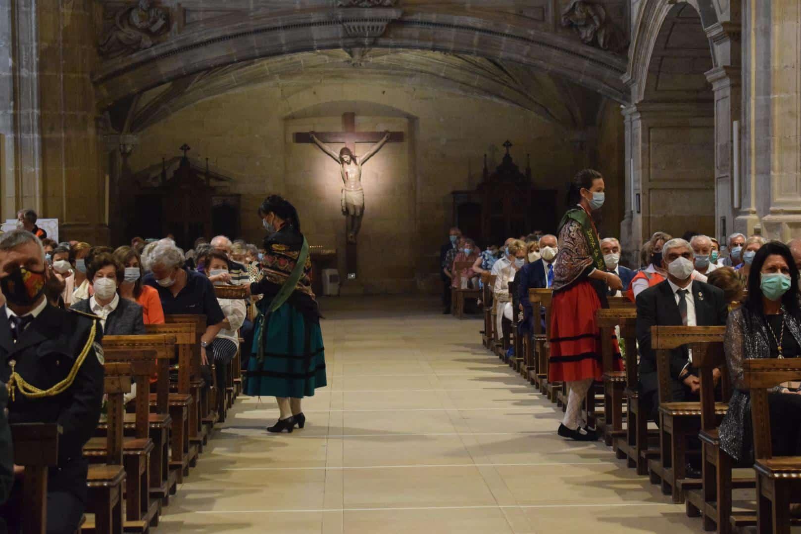 Las mascarillas, protagonistas del pasado Día de San Felices celebrado en la parroquia de Santo Tomás de Haro.