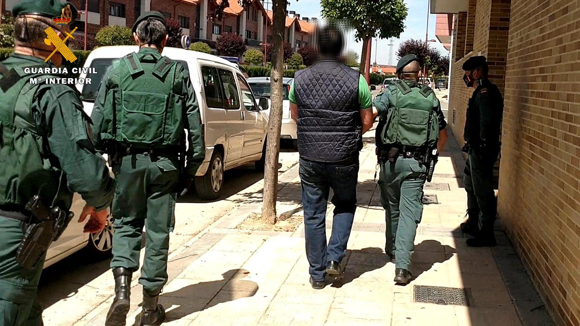 Operación 'Apostaxi': Desmantelada una organización delictiva que elaboraba y distribuía marihuana en La Rioja y Euskadi 14