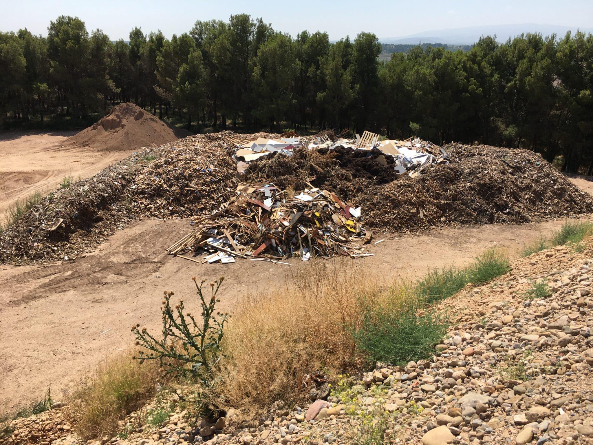 La Rioja clausura tres instalaciones de residuos no autorizadas en Albelda de Iregua y Murillo de Río Leza 1