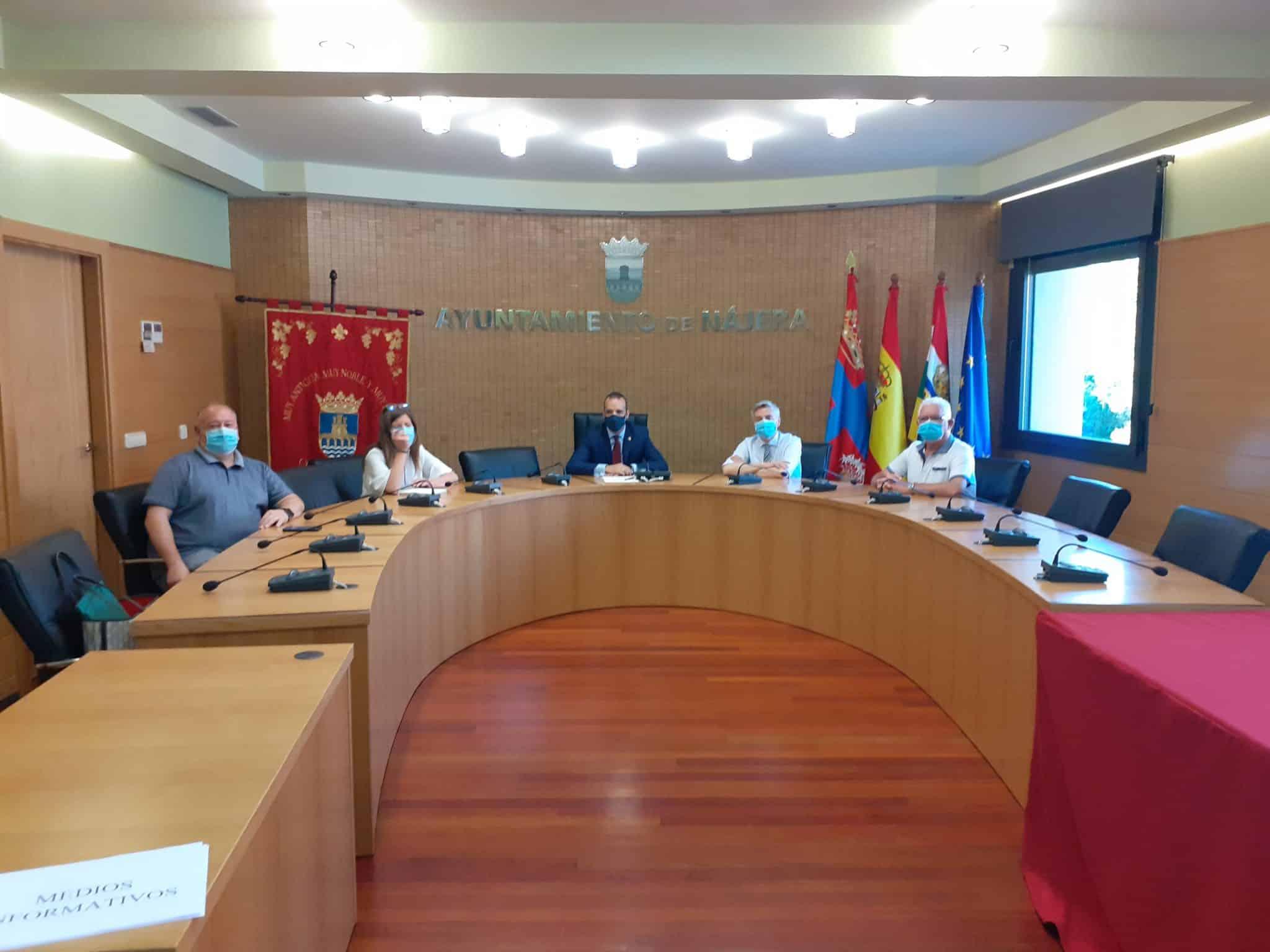 Nájera firma el convenio para la financiación de las obras de Peñaescalera 1