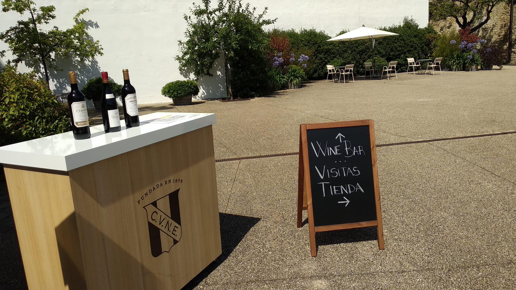 CVNE lanza un fotomatón para personalizar vinos en su bodega de Haro y amplía sus planes para este verano 5
