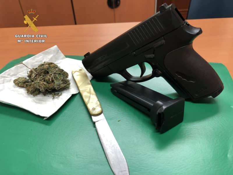 Armas denuncia Guardia Civil