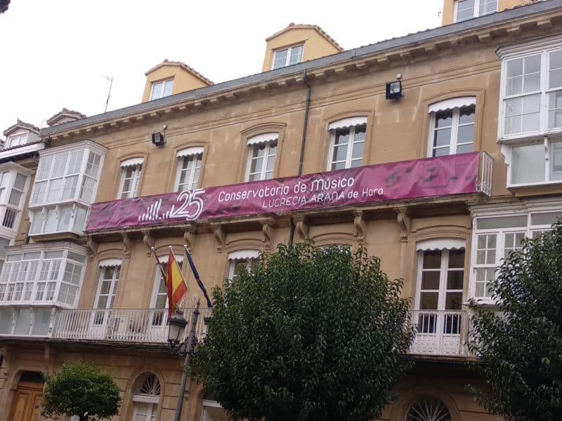 Conservatorio Lucrecia Arana