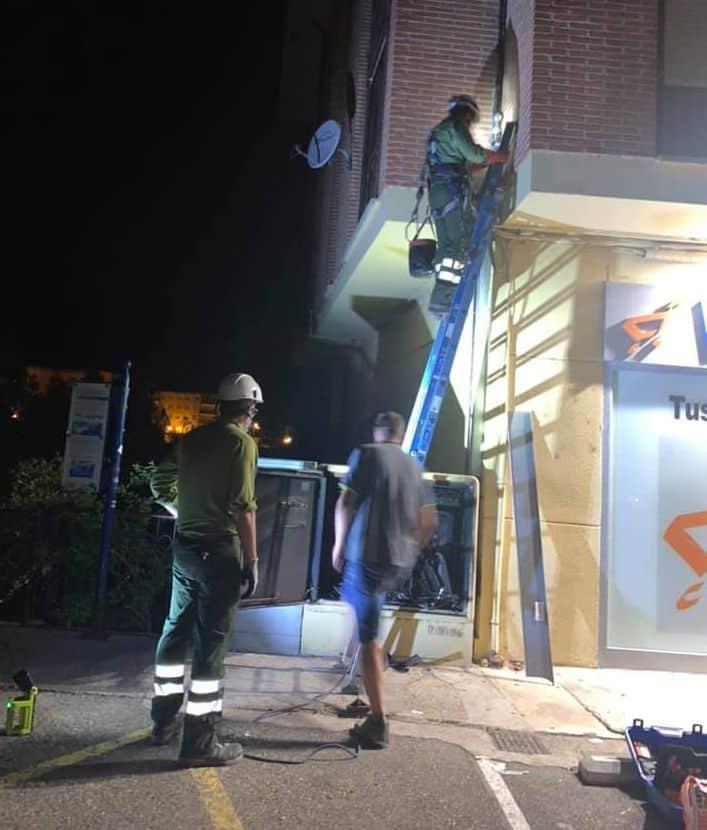 Un incendio de un cuadro eléctrico en Casalarreina provoca un apagón en el alumbrado público 1