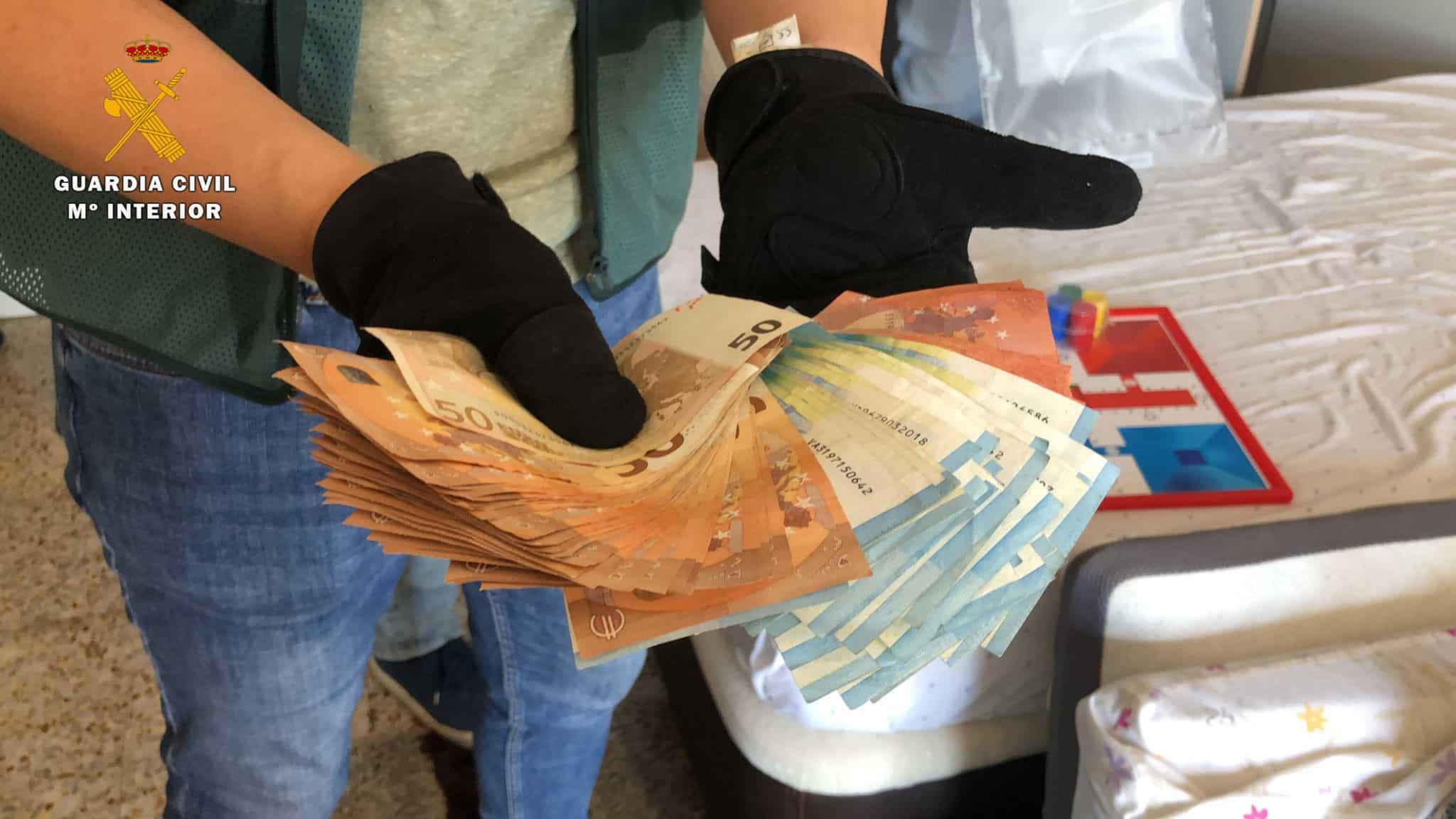 La Guardia Civil desmantela un punto de venta de cocaína en Fuenmayor 5