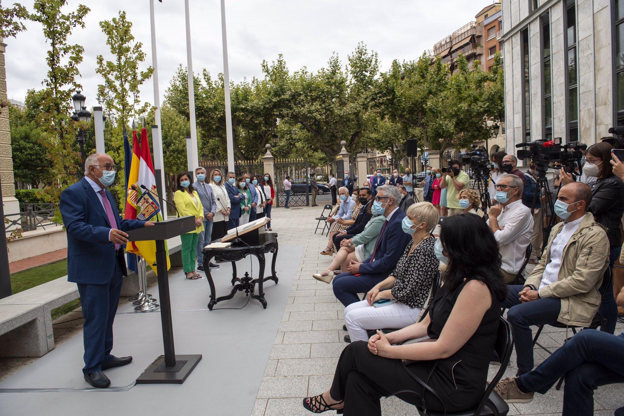Pedro Uruñuela es el nuevo consejero de Educación y Cultura 2