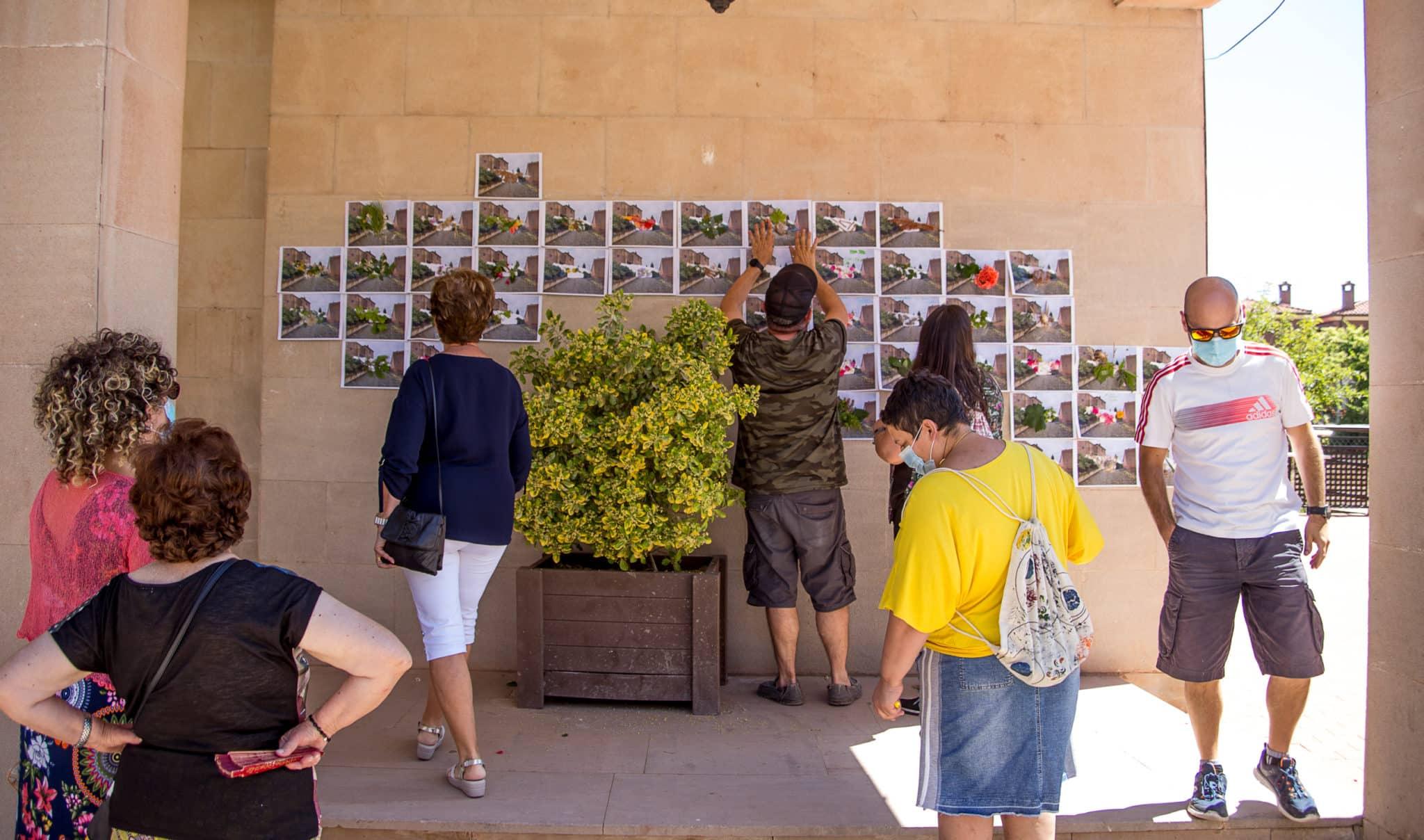 El muro 'manchado' por Carlos Corres en Ventosa con la ayuda de sus vecinos 3