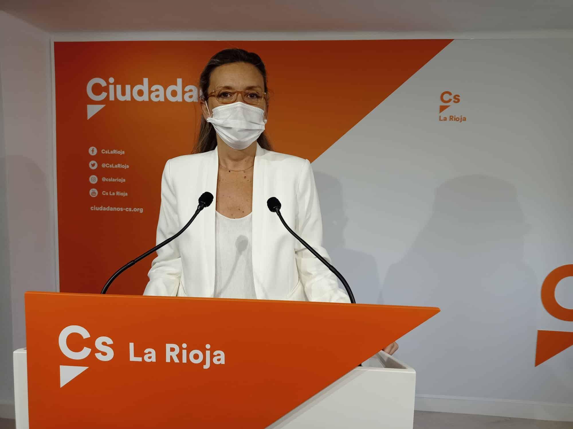 Belinda León