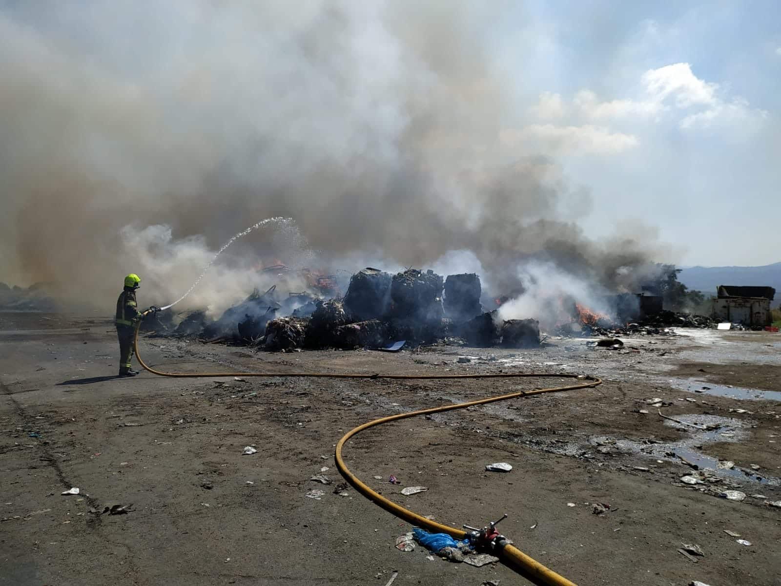 Controlado un incendio en el Ecoparque de La Rioja que se ha saldado sin daños personales 1