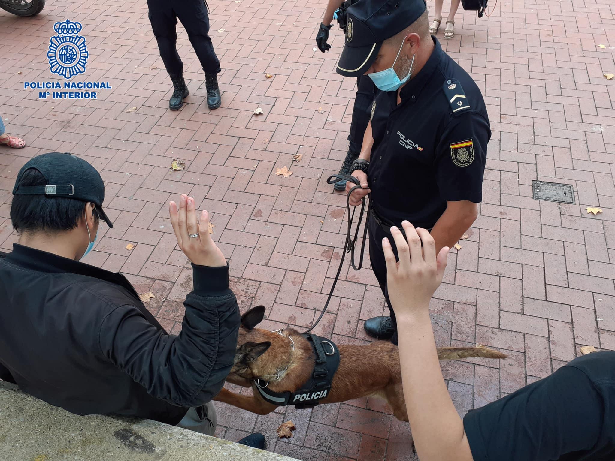 La Policía Nacional refuerza los dispositivos especiales ante las 'no fiestas' de San Mateo 1