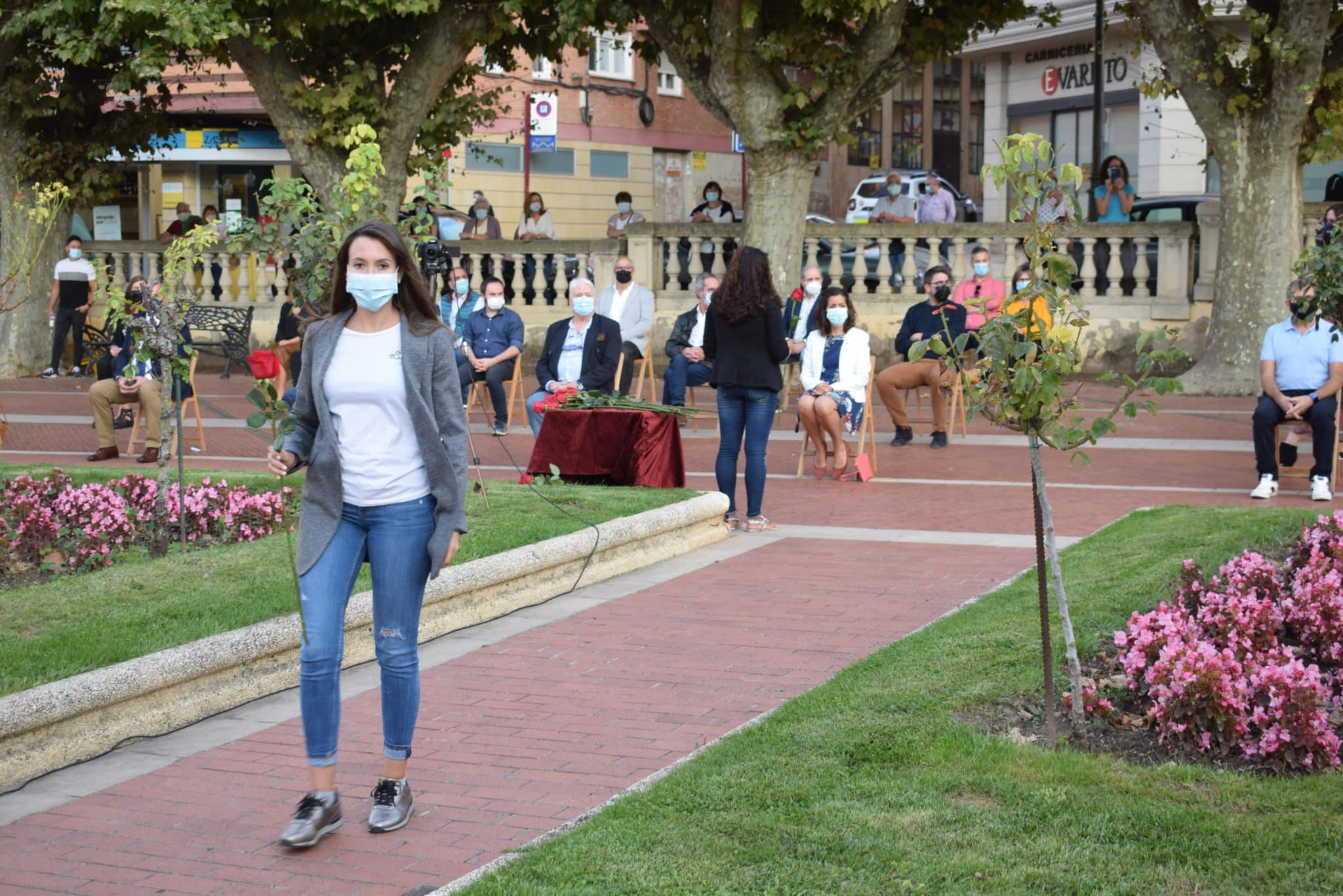 FOTOS: Haro homenajea a las víctimas de la pandemia 19