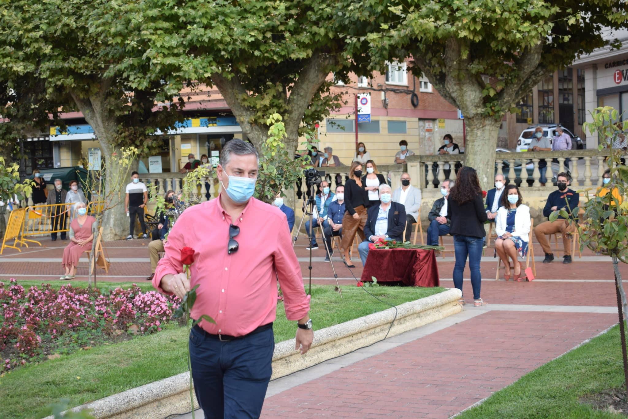 FOTOS: Haro homenajea a las víctimas de la pandemia 25