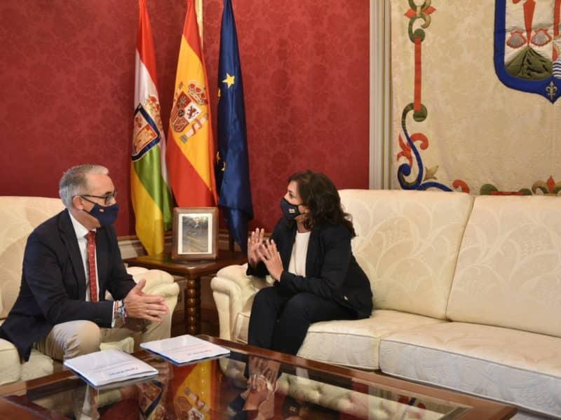 Jesús Ángel Garrido y Concha Andreu