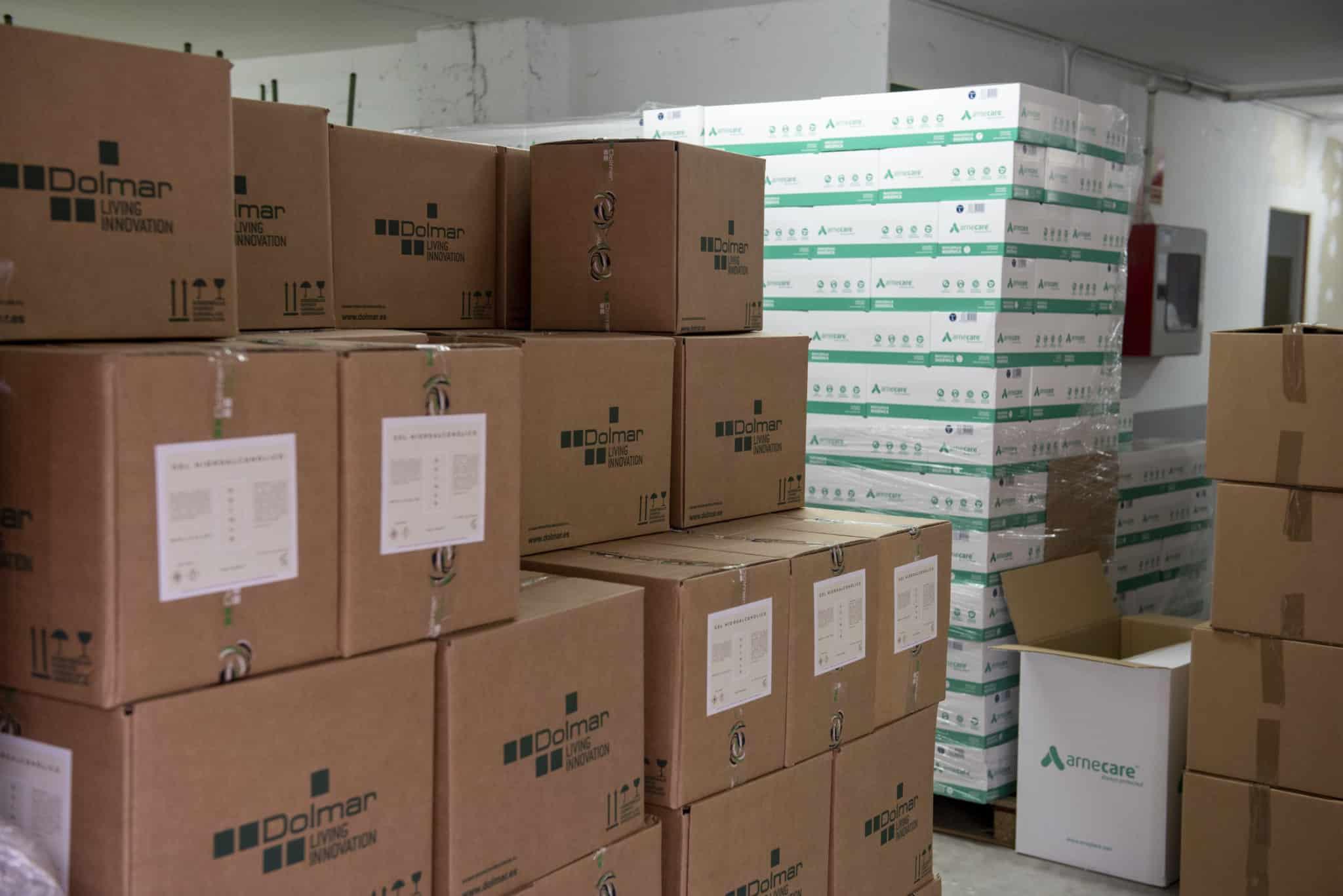 La Rioja reparte entre los centros educativos más de 300.000 unidades de materiales de prevención y 10.000 litros de hidrogel contra la COVID-19 1