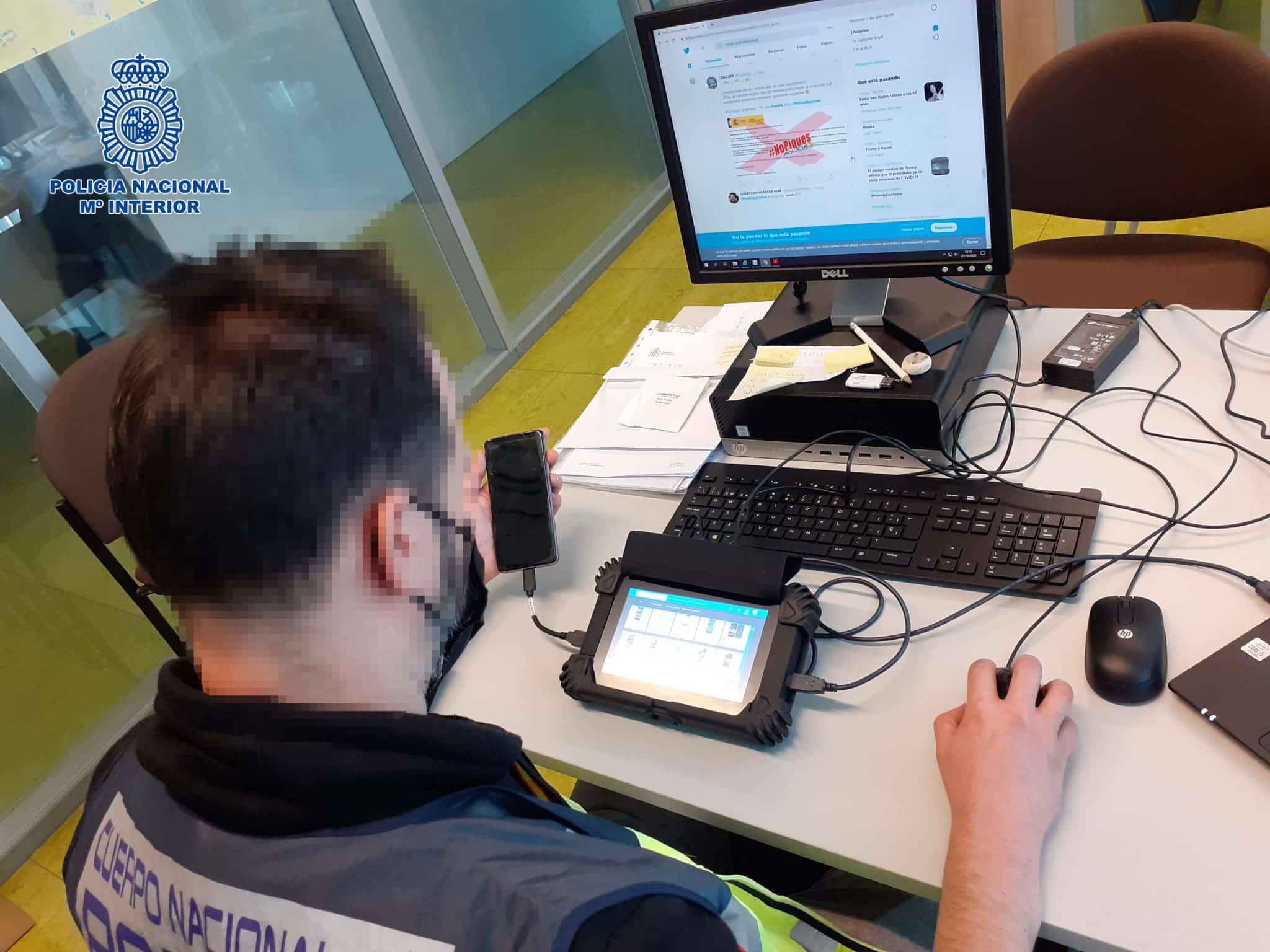 La Policía alerta del incremento de estafas por sistemas de mensajería online y SMS 1