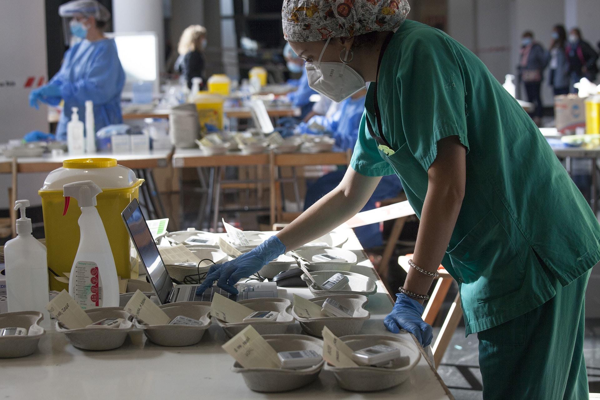 Salud supera las 7.800 pruebas en el cribado dirigido para la detección de la COVID-19 en Logroño 1