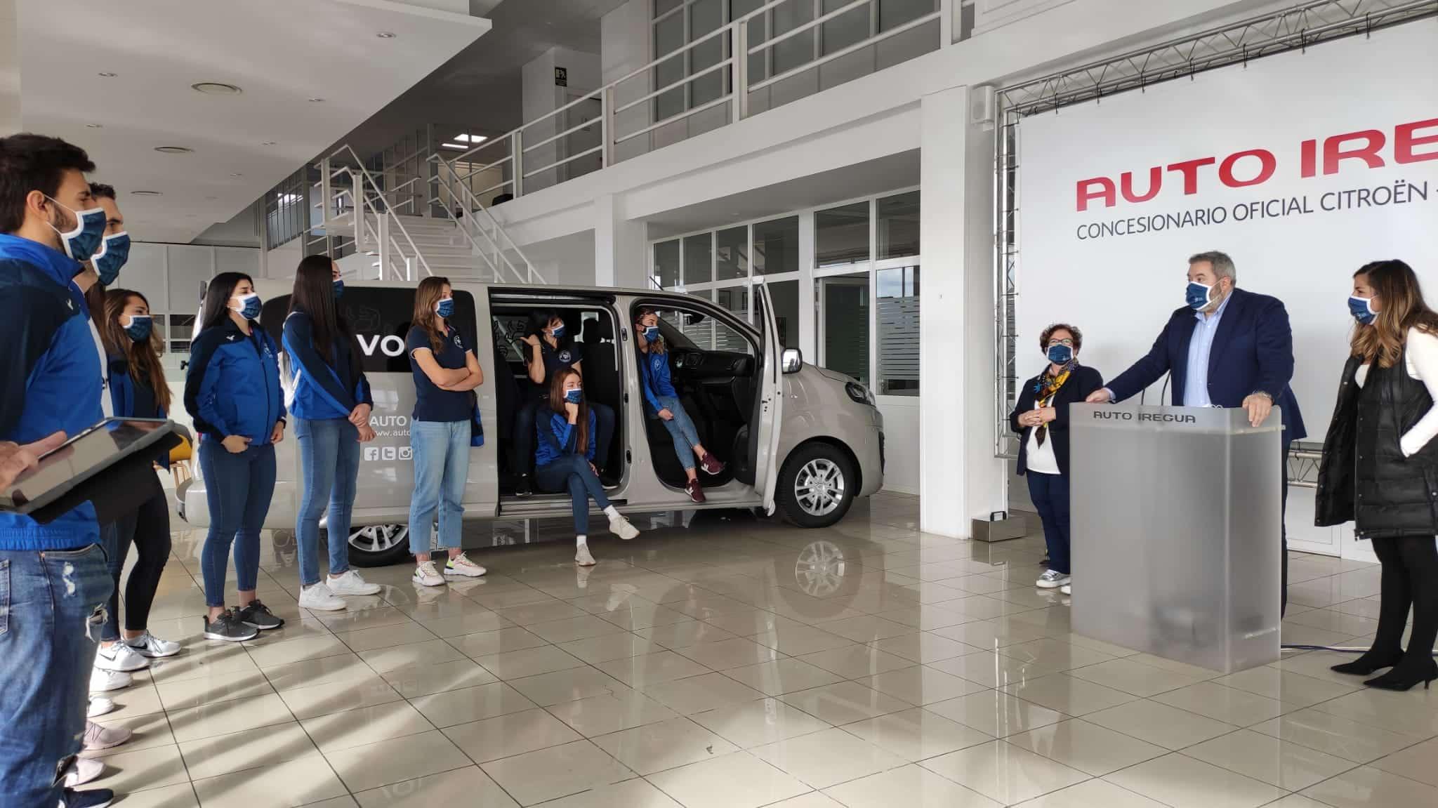 Auto Iregua y Juper ceden un vehículo al OSACC Haro para facilitar la movilidad del equipo 1