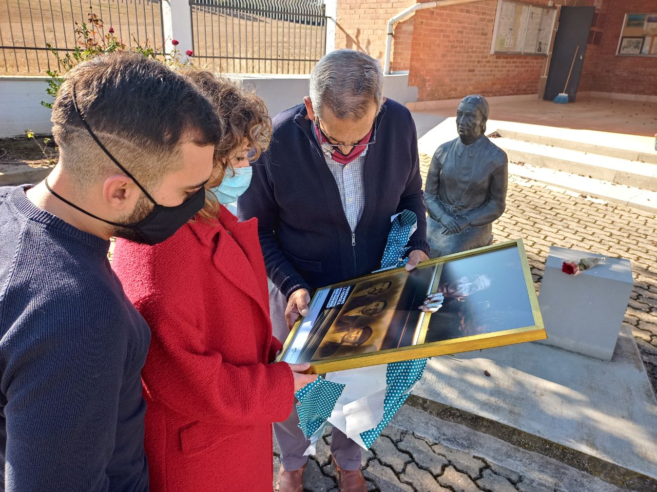 Homenaje en La Barranca a las víctimas del Franquismo con motivo del 1 de noviembre 2