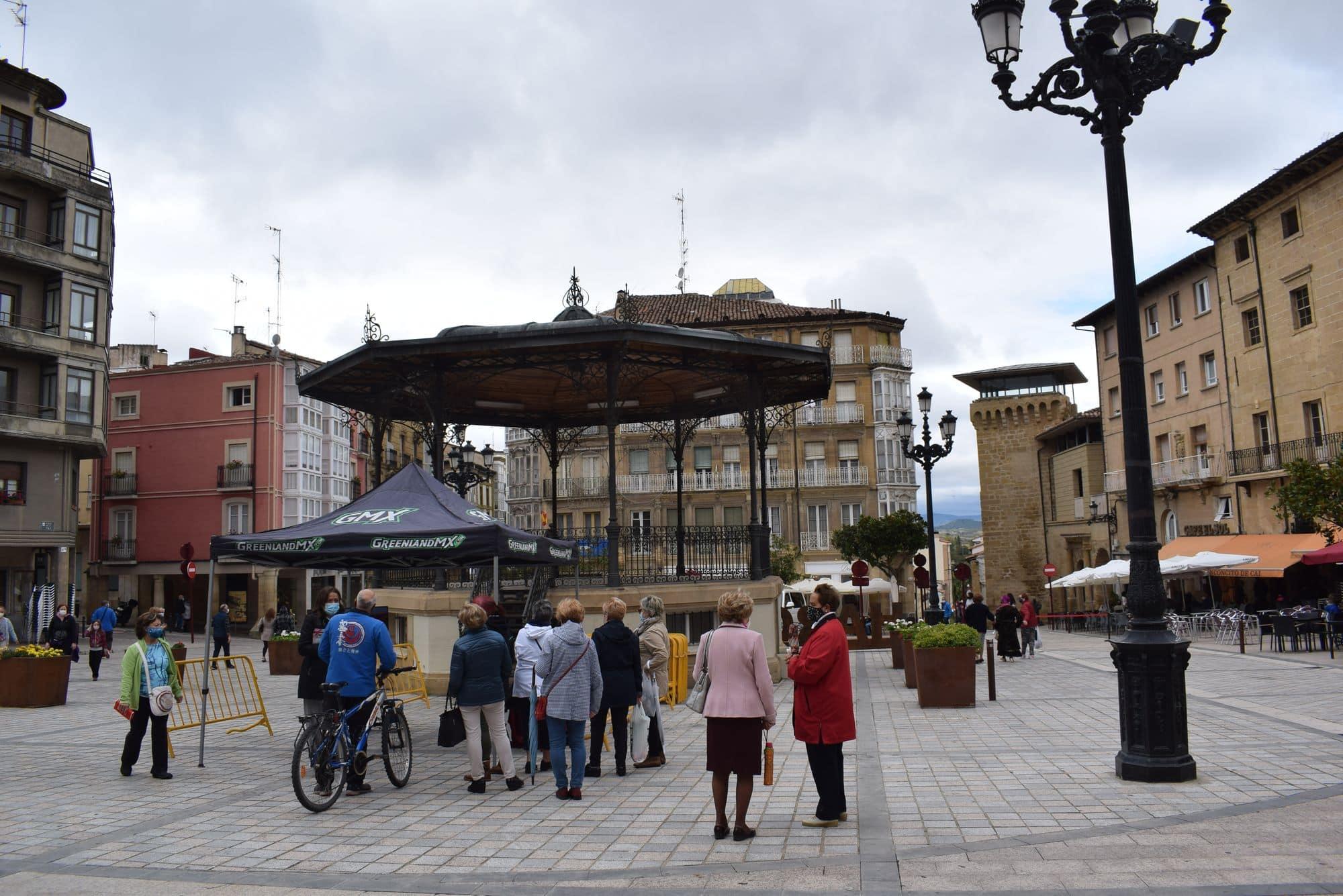 La plaza de la Paz estrena un photocall con el lema 'Haro, Capital del Rioja' 6