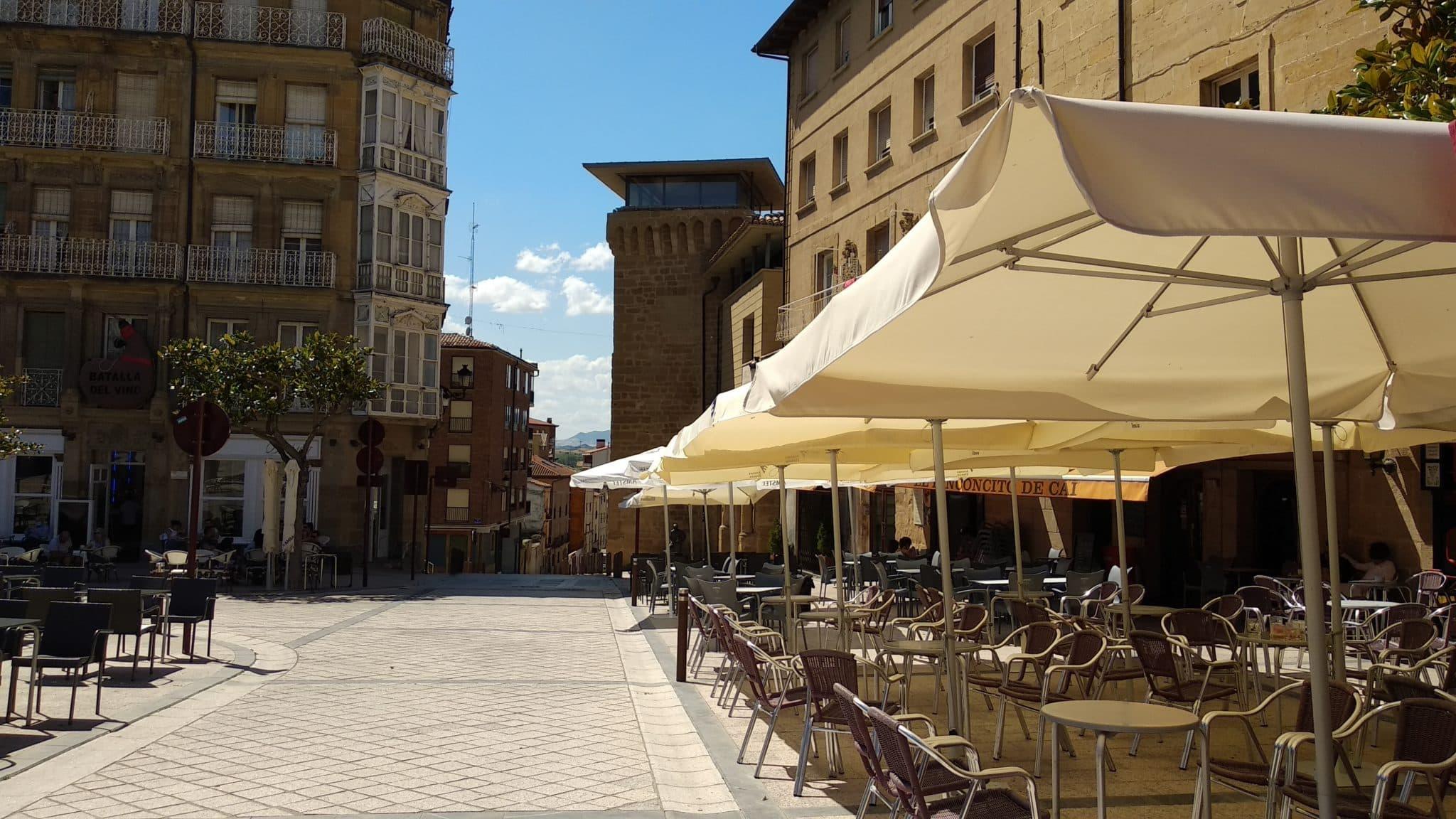 Terraza en la plaza de la Paz
