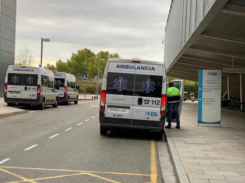 Ambulancias en el San Pedro de Logroño