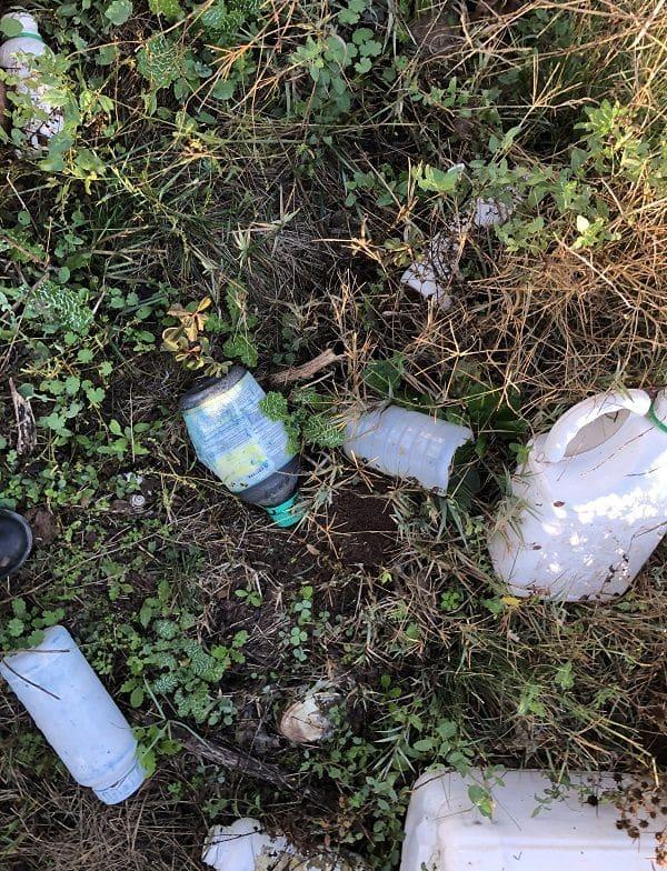 Amigos de la Tierra denuncia el estado del punto de carga de agua para fitosanitarios de Huércanos 2