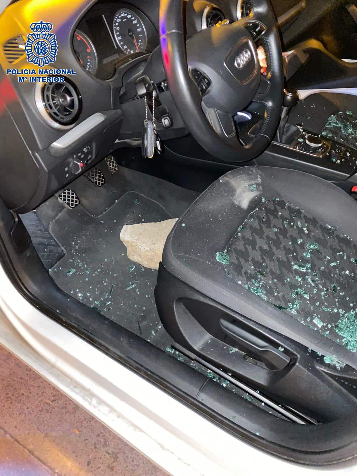Detienen en Logroño a un hombre por un delito de robo con fuerza y por dañar cinco vehículos en un parking 3