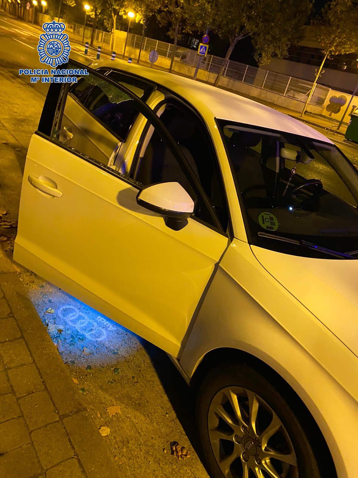 Detienen en Logroño a un hombre por un delito de robo con fuerza y por dañar cinco vehículos en un parking 1