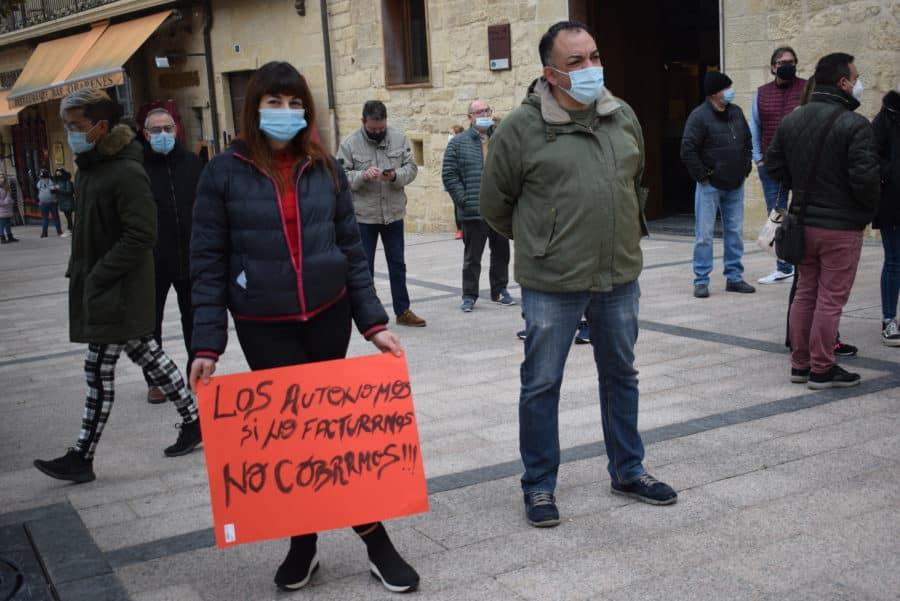 """VÍDEO: La hostelería de Haro pide medidas """"urgentes"""" para el rescate del sector 2"""