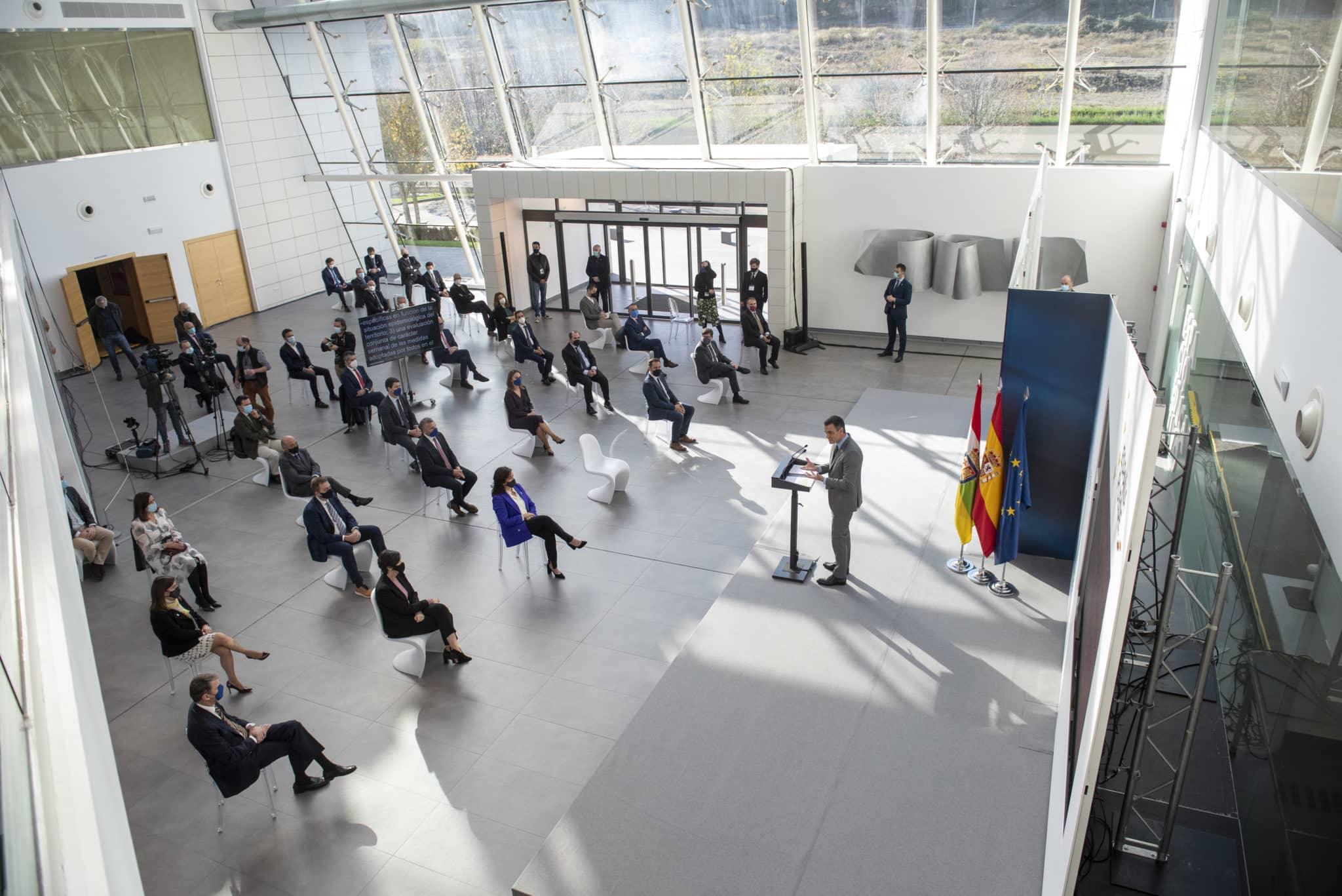 Sánchez avanza en La Rioja que buena parte de la población estará vacunada contra el coronavirus en el primer semestre de 2021 3
