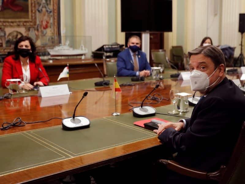 Concha Andreu y Luis Planas