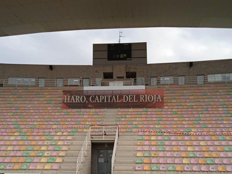 Estadio de El Mazo