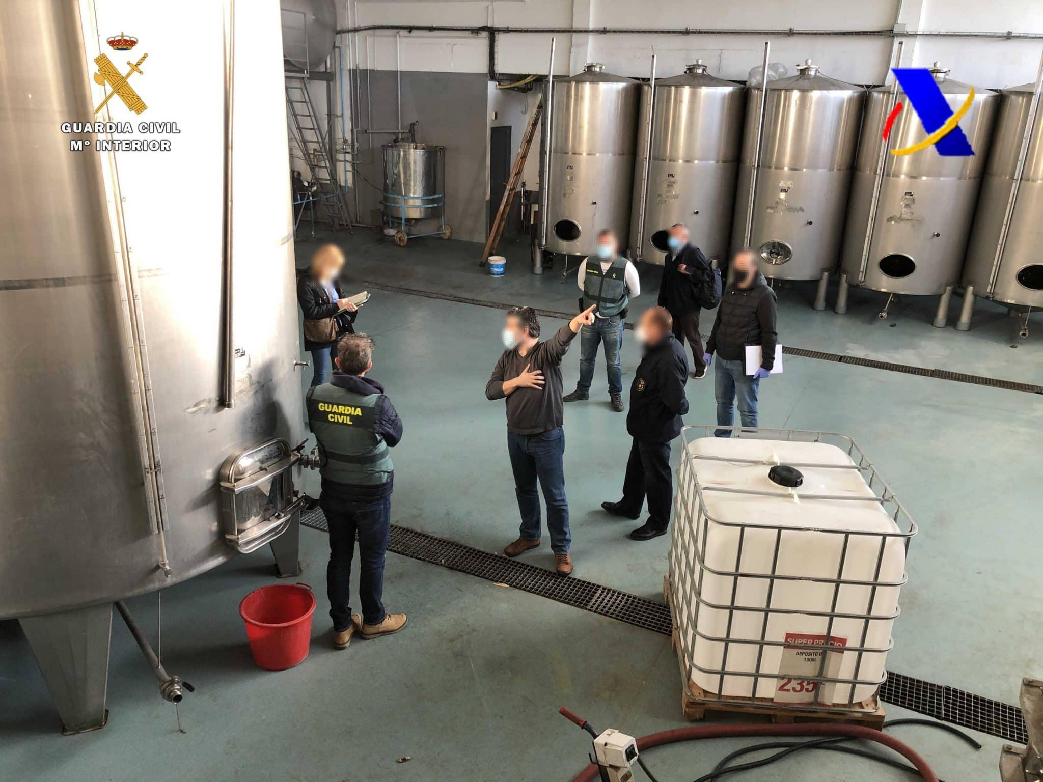 VÍDEO: Desmantelada en La Rioja una de las mayores destilerías ilegales de whisky 11