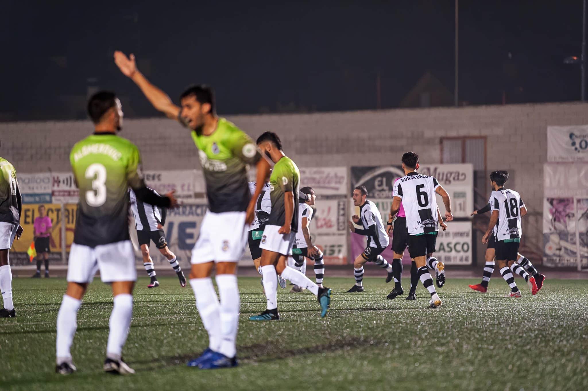 FOTOS: El Haro, el único equipo riojano que sobrevive en la Copa del Rey 12