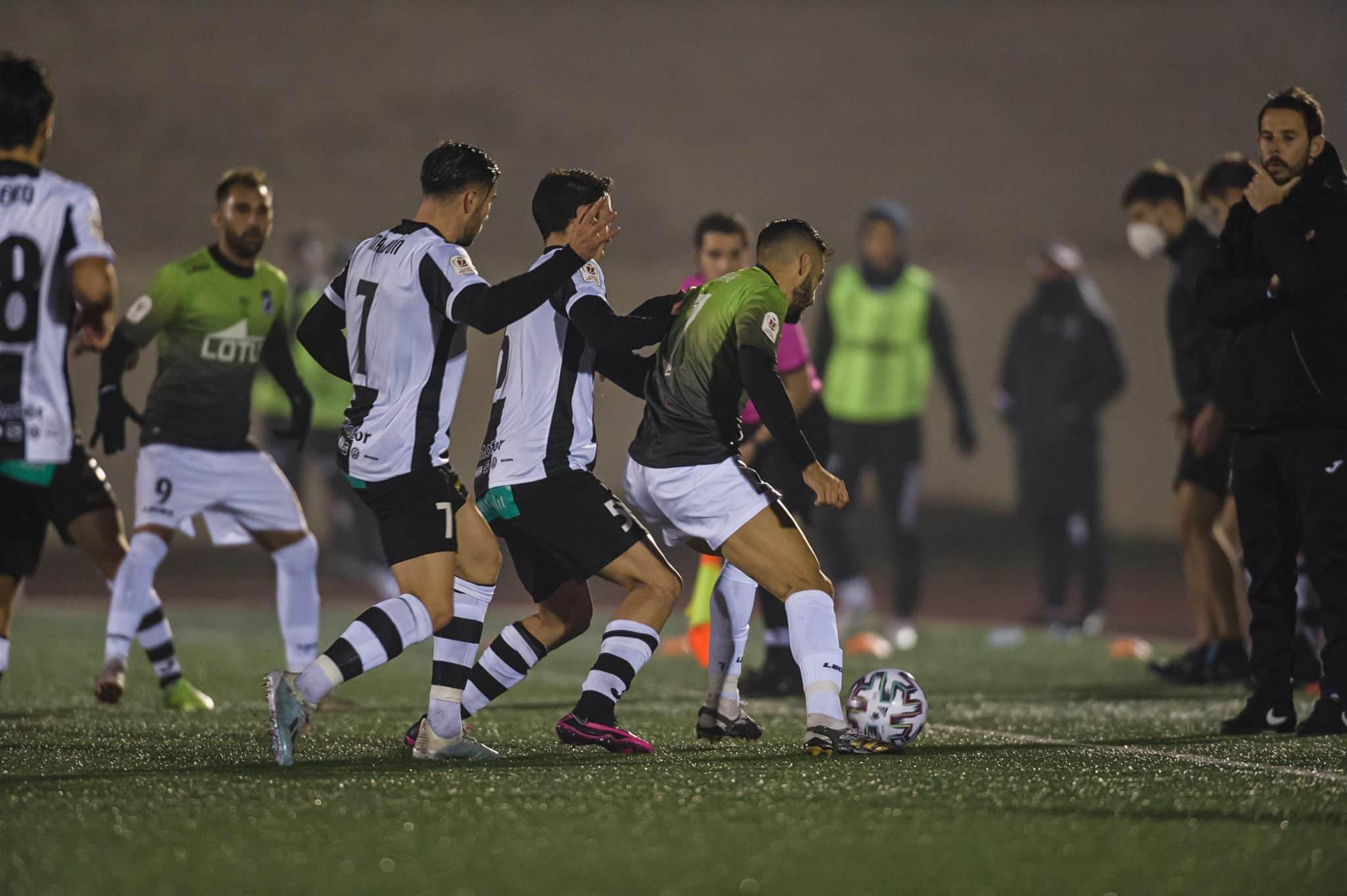 FOTOS: El Haro, el único equipo riojano que sobrevive en la Copa del Rey 14