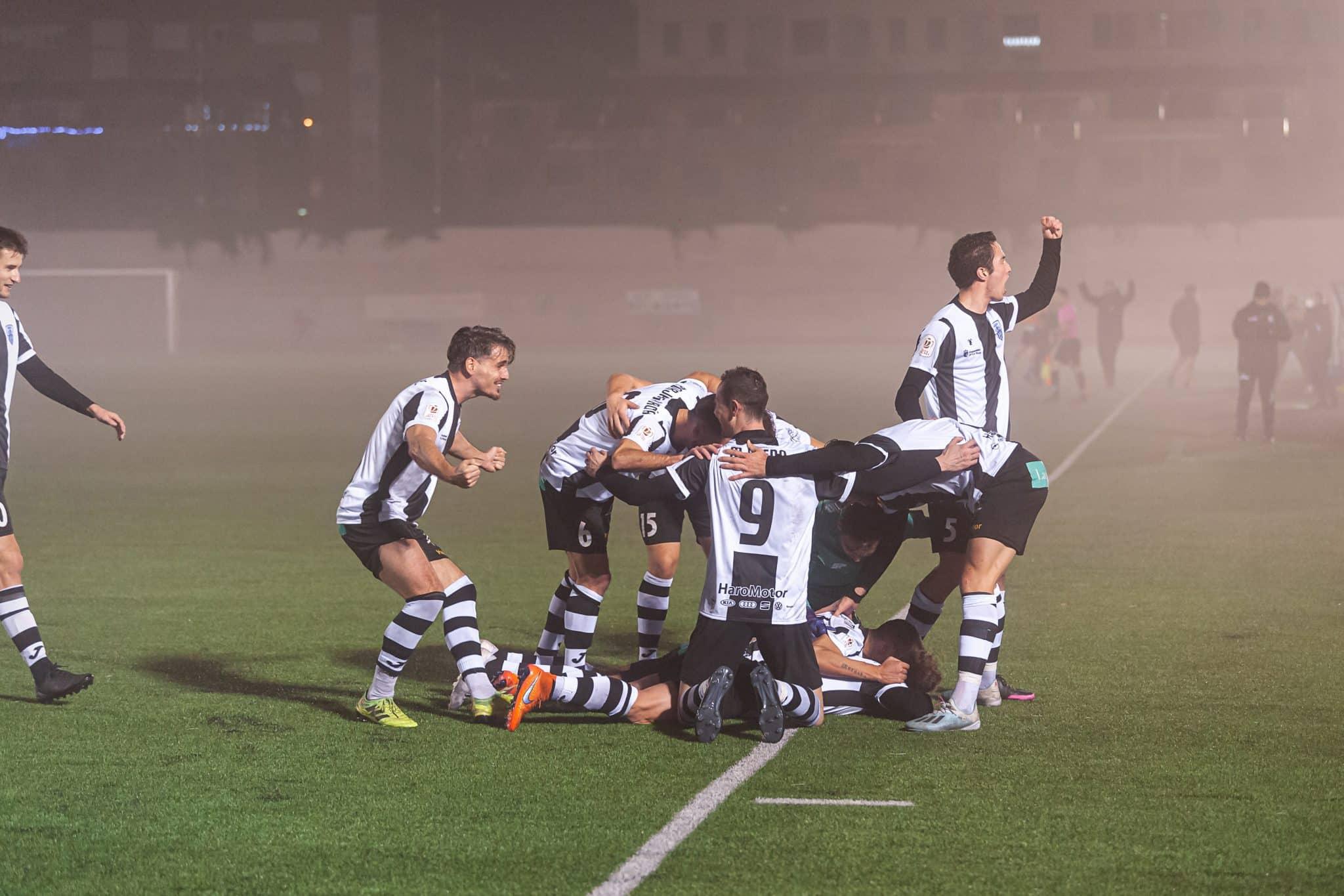 FOTOS: El Haro, el único equipo riojano que sobrevive en la Copa del Rey 16