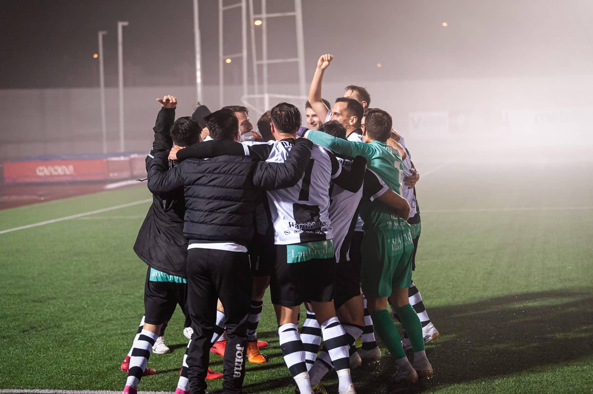 FOTOS: El Haro, el único equipo riojano que sobrevive en la Copa del Rey 17