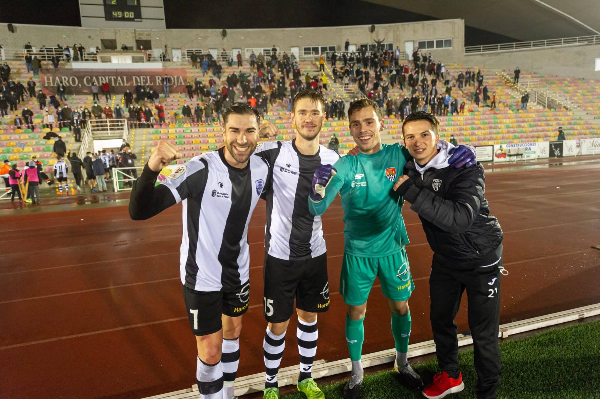 FOTOS: El Haro, el único equipo riojano que sobrevive en la Copa del Rey 8