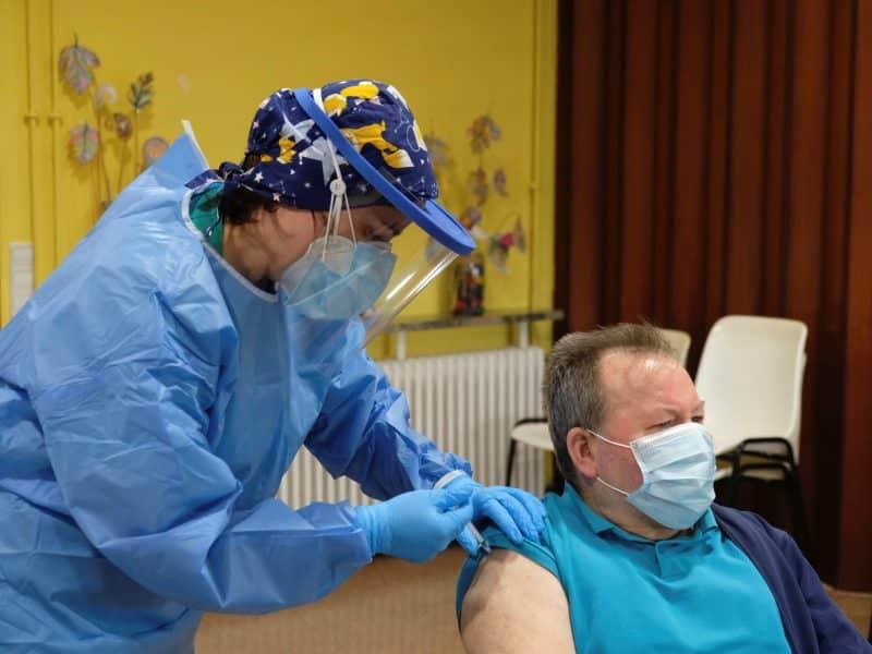 Primer vacunado en La Rioja
