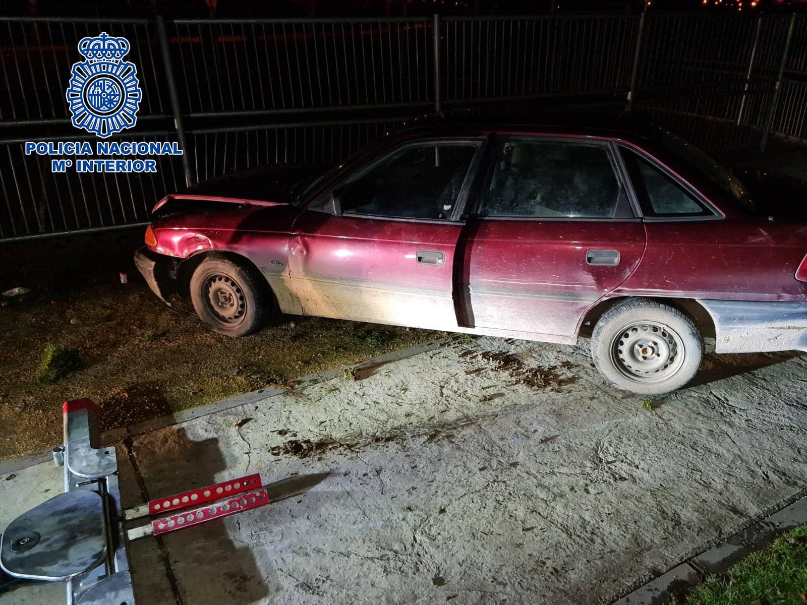 Detenida una joven de 20 años tras una persecución a bordo de un vehículo sustraído en Villamediana 1