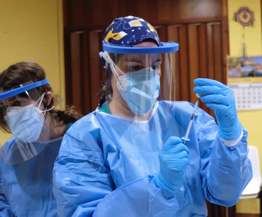 Javier Martín, residente del Hogar Madre Dios de Haro, primer vacunado frente a la COVID en La Rioja 2