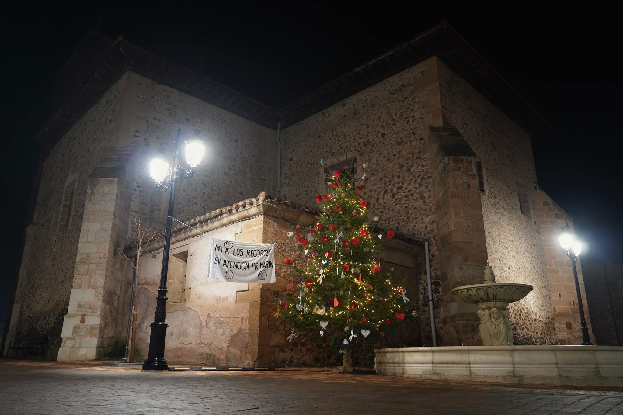 La lucha por la sanidad pública en Santurde continúa por Navidad 1